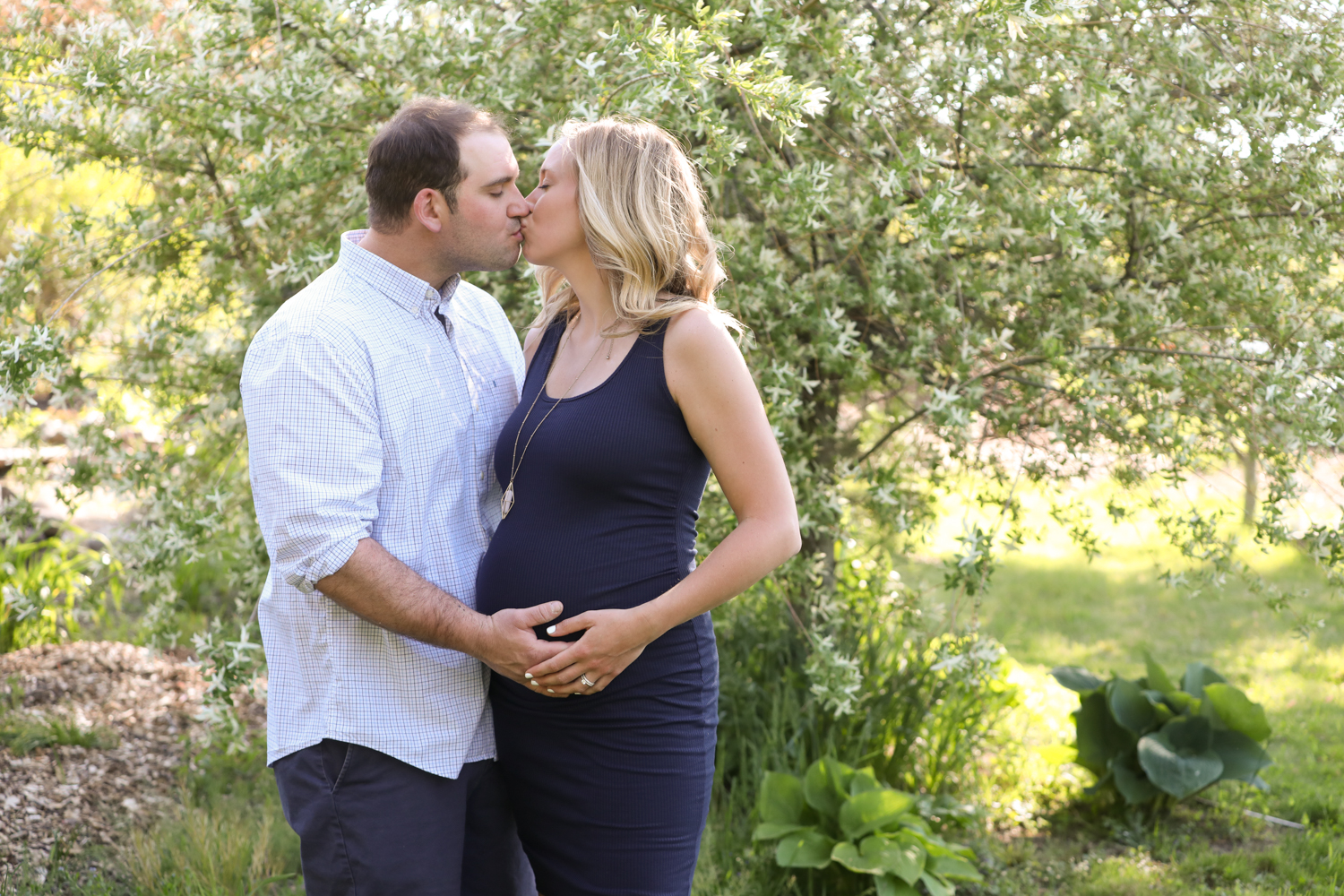 Wethersfield Cove Maternity Shoot